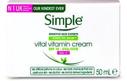 Simple Kind To Skin Vital Vitamin Day Cream SPF 15 50ml